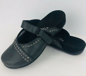 Vionic-Orthaheel-Maisie-Size-7-Charcoal-Gray-Clog-Mule-Studded-Strap-Sandal-Shoe
