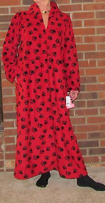 "Robe Fleece Zipper Long Paw Print Red or White Great Price ""Made in USA"""