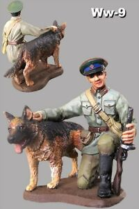 1-32-Figure-Painted-Toy-Metal-Soldiers-54mm-Soviet-border-guard-with-dog-WWII