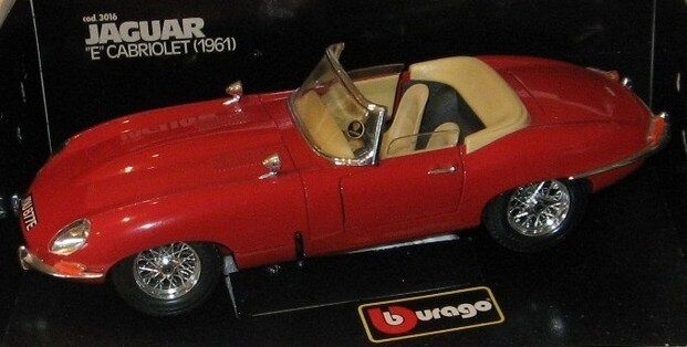 BURAGO MADE IN ITALY 1 18 AUTO DIE CAST JAGUAR E CABRIOLET 1961 rouge   ART 3016