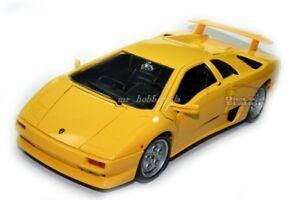 Lamborghini Diablo Die Cast 1 18 Yellow By Bburago New Ebay