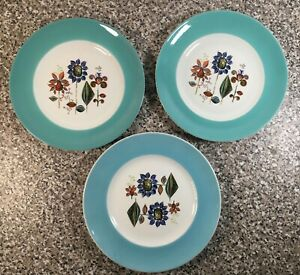 Turquoise-vintage-plates-with-floral-design-set-of-3