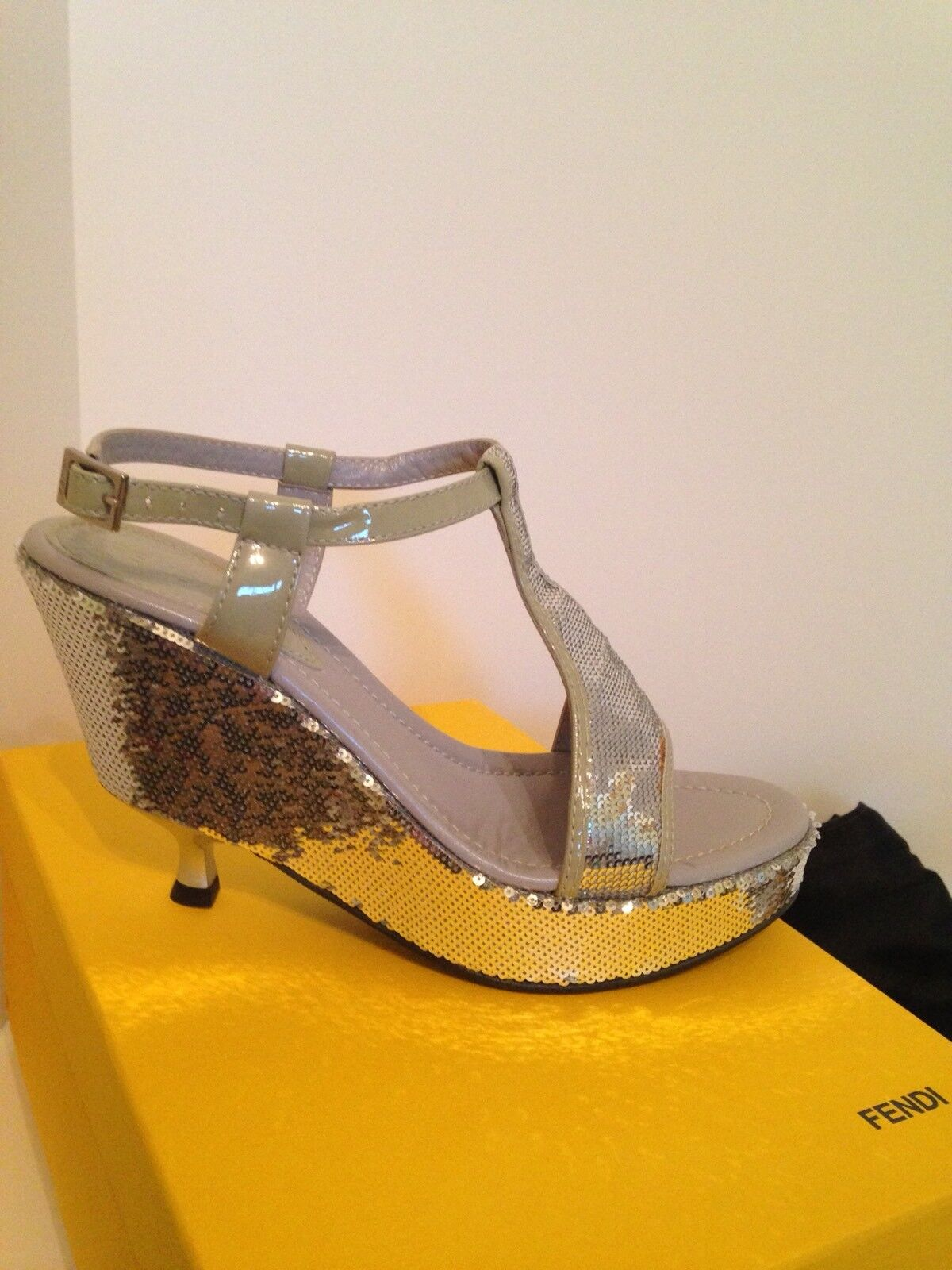 NIB 600 FENDI Sequent silver Platform Sandals Size 8.5