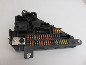 Details about 04 - 10 BMW E60 525i 530i REAR POWER DISTRIBUTION FUSE on