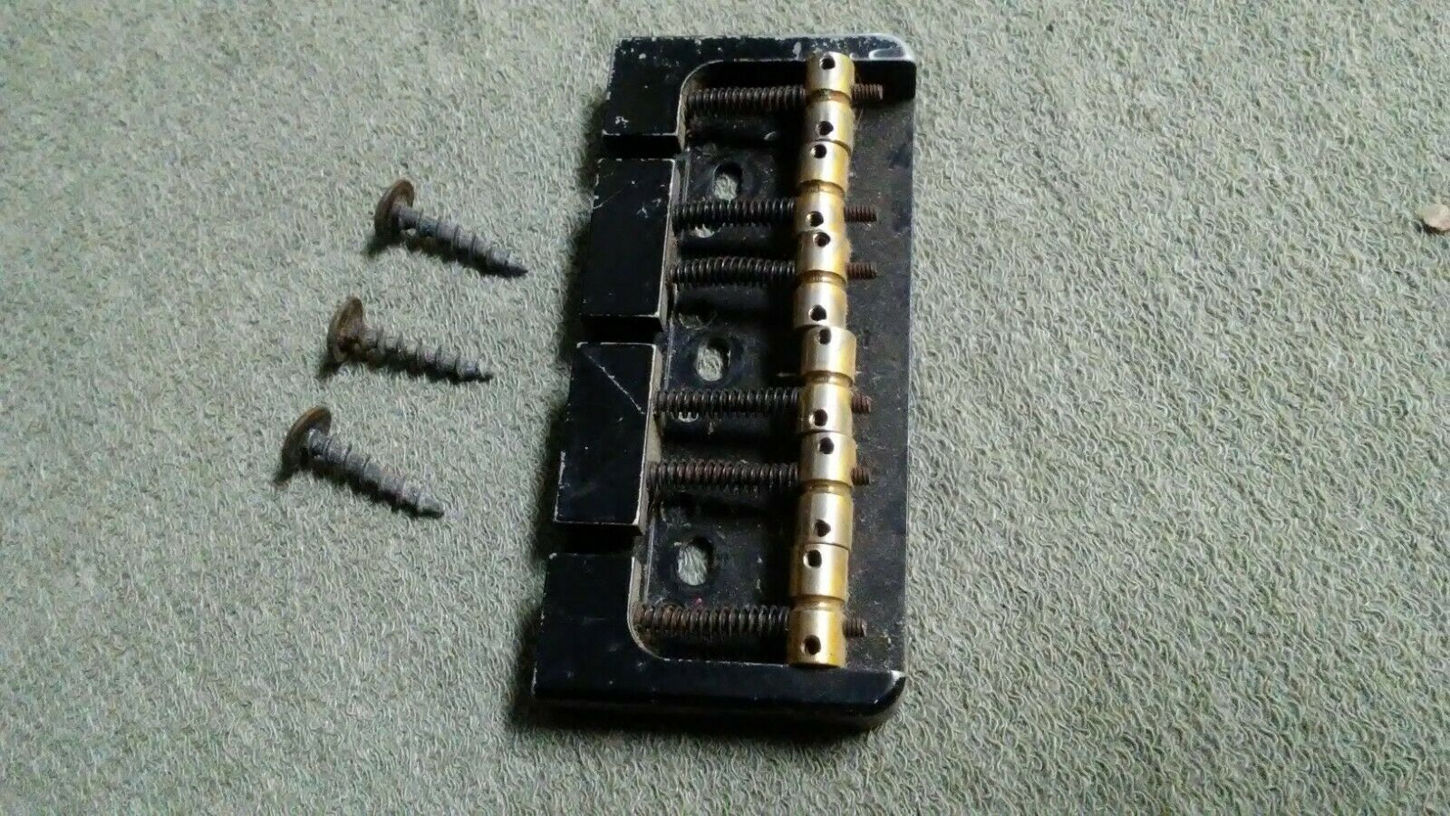 Carvin Bass Bridge 6-String Used