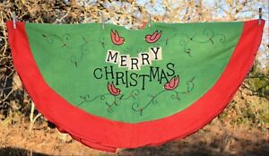 Christmas-Tree-Skirt-velour-knit-lined-Red-amp-Green-Merry-Christmas-birds