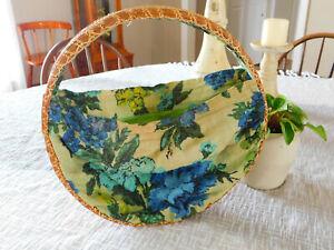 Vintage ROUND Rattan BARKCLOTH PURSE HANDBAG Bag Turquoise Floral BOHO