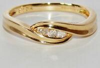 UK HALLMARKED 9 CT YELLOW GOLD 0.10ct DIAMOND 3 STONE TRILOGY RING size J