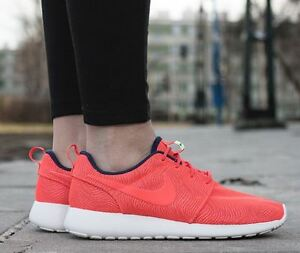 Details about Nike Women's Roshe One Moire Shoes Sneakers 819961 661 UK 5.5