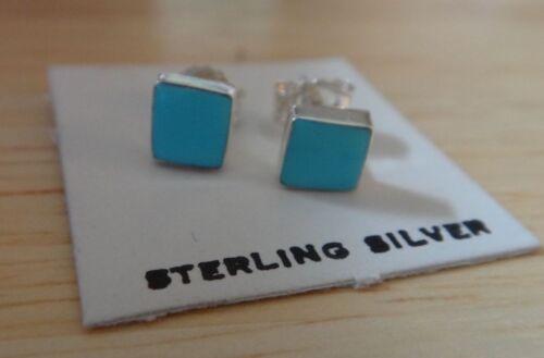Sterling Silver Petit 5 mm Carré Turquoise Couleur Zuni Made incrusté Boucles d/'oreille