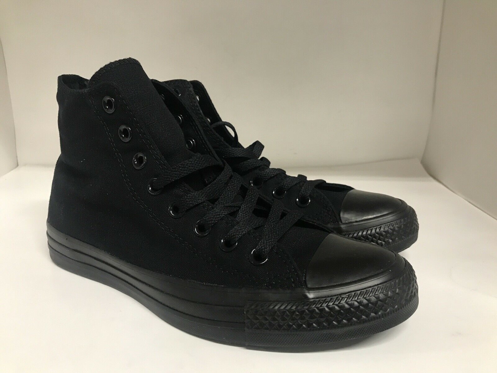 pure black converse