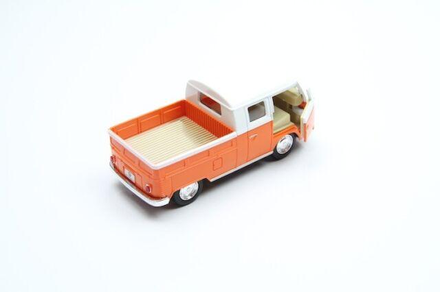 "1963 Volkswagen Bus Double Cab Pickup Green Die Cast Metal Model 5/""  New In Box"