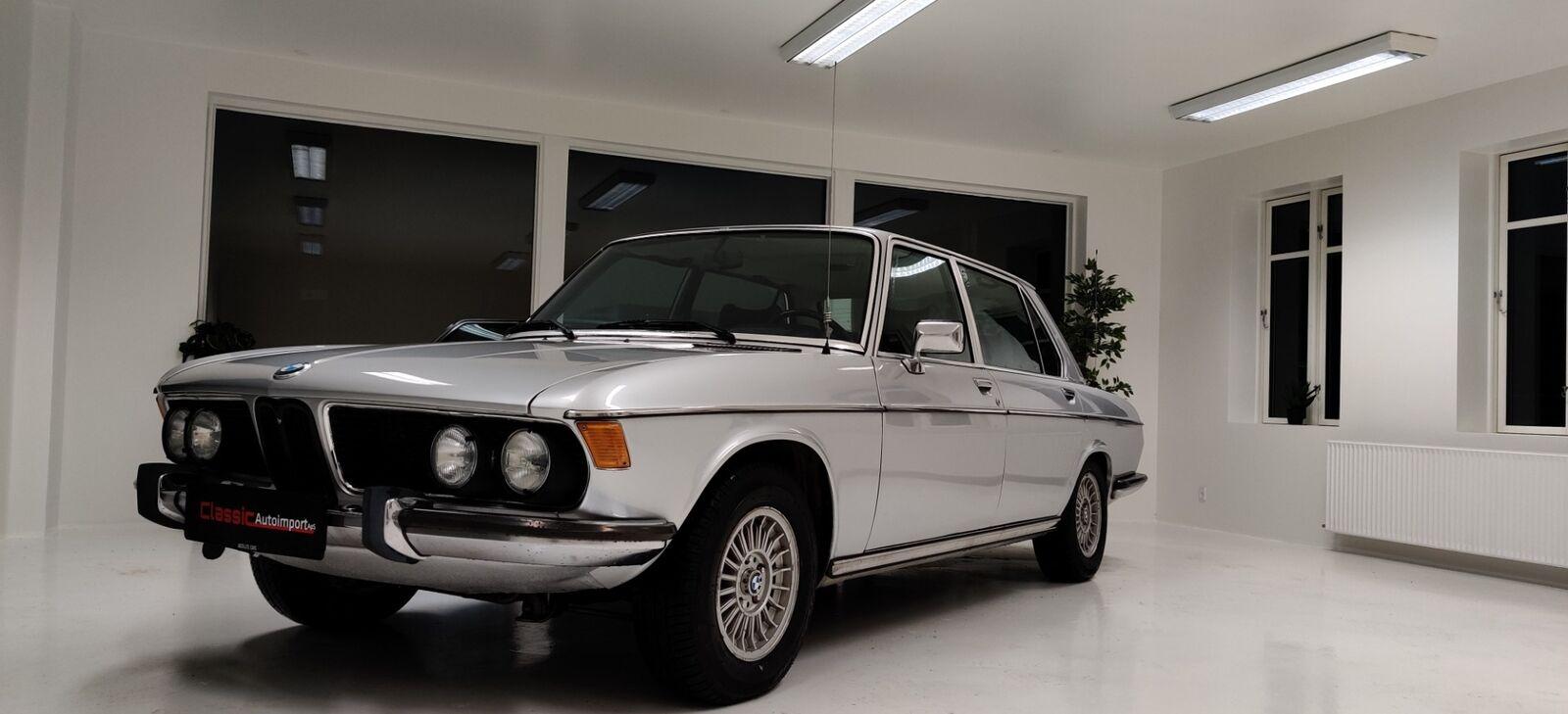 BMW 3.3L 3,3 aut. 4d - 90.000 kr.