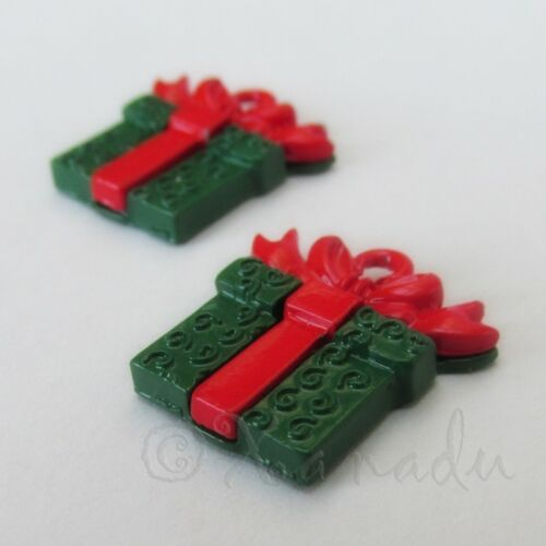 5 Or 10PCs Christmas Gift Box 20mm Red And Green Enamel Charms C5628-2