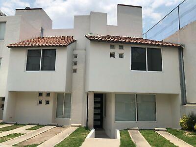 Hermosa Casa en Venta en Lomas de San Mateo Naucalpan Estado de Mexico
