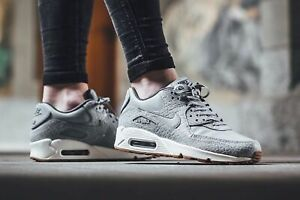 Details about BNIB New Women Nike Air Max 90 Premium Wolf Grey Reptile Snake Size 5