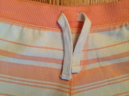 NWT Boy/'s//Girl/'s Old Navy Soft Coral Pull-on Shorts w//Drawstring Look Size 2T