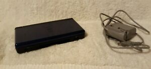 Nintendo-DS-Lite-Cobalt-Blue-Console-w-Charger-in-working-condition-NO-STYLUS