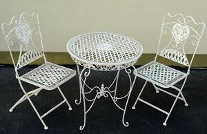 eisen sitzgruppe tisch 2 x st hle antik weiss metall. Black Bedroom Furniture Sets. Home Design Ideas