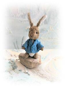 4-1-2-034-Faux-Fur-Little-Baby-Bunny-Peter-Rabbit-Teddy-Bear-OOAK-jointed-Artist