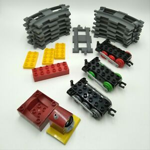 Lego-Duplo-Thomas-Tank-Engine-track-and-extras-Salty-12-curved-1-straight-Extra
