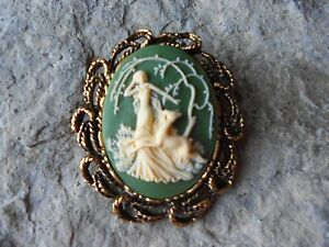 496488fbe1e81 GODDESS DIANA WITH DEER, THE HUNTRESS CAMEO ANTIQUE GOLD BROOCH ...
