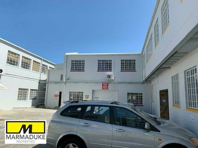 215m² Commercial To Let in Observatory at R77.00 per m²