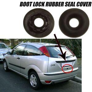 Arriere-Tail-Gate-Boot-Lock-Anneau-En-Caoutchouc-Seal-Key-Hole-Cover-Ford-Focus-MK1-1100354