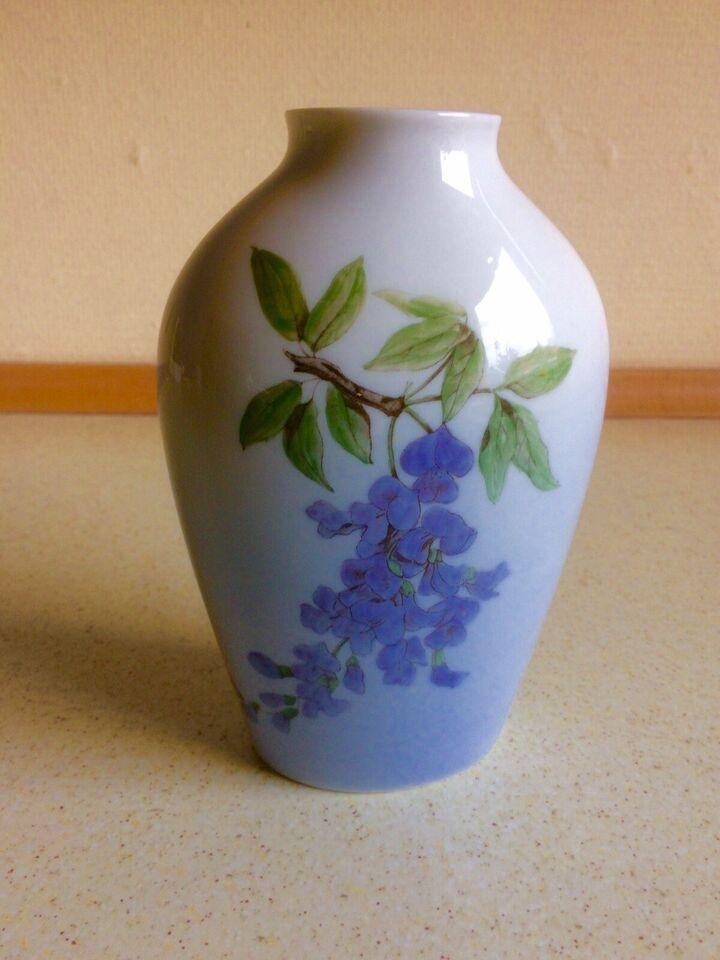 Porcelæn, Vase blåregn, B & G
