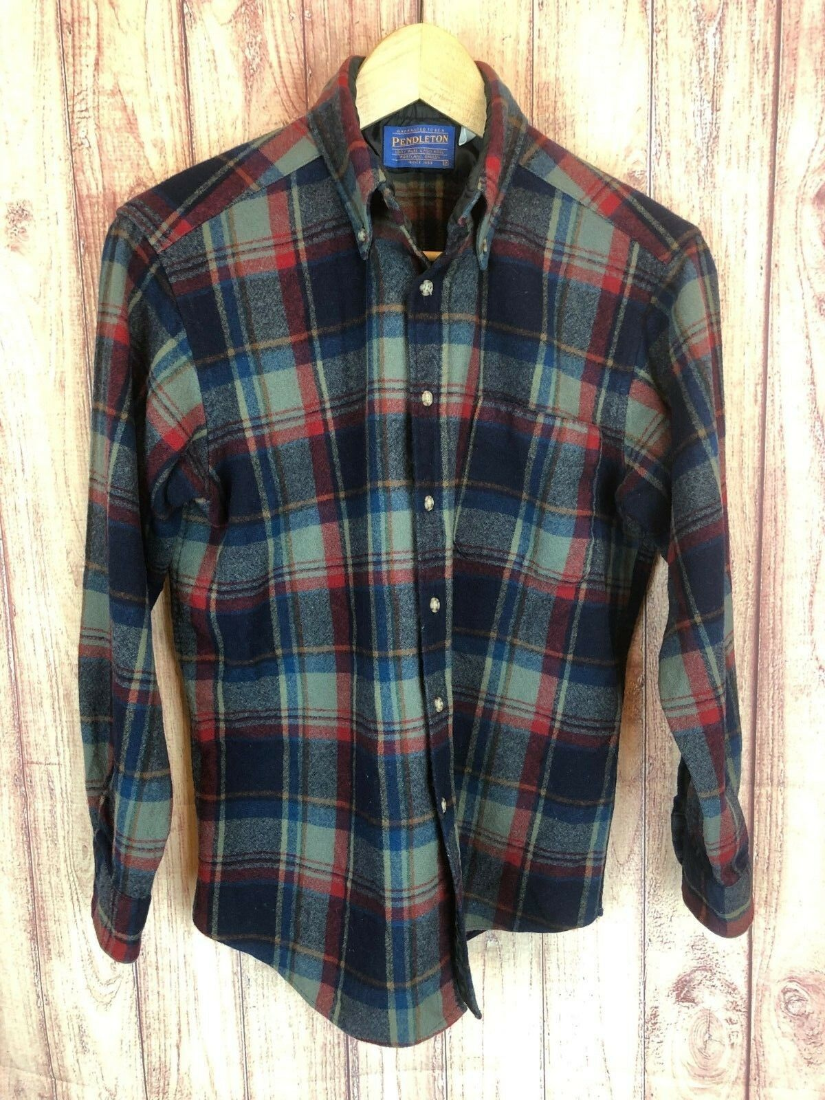 Pendleton Mens Medium Pure Virgin Wool Plaid Button Flannel Shirt USA 1141