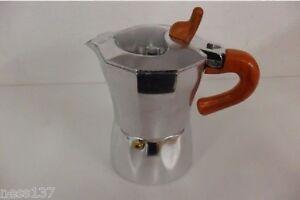 Cafetiere-Italienne-Expresso-en-Aluminium-6-Tasses