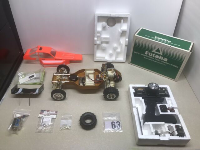 FRONT AXLE LOT Vintage Associated RC10 Gold Pan RC Team CRP 1552 1553 1557 1559