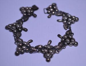 20 Cord Colours Grapes Bracelet Grape Vine Vineyard Merlot Grape Charm Bracelet Pinot Bunch of Grapes Gift Bag
