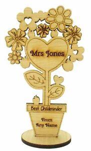Personalised-Best-childminder-Teacher-Gift-Hanging-Plaque-Pre-School-Home-gift