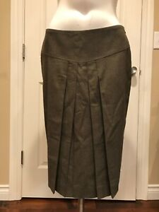 fd24119c44f0 Burberry London Moss Green Wool Blend Straight Skirt, Size 4 (US) 6 ...
