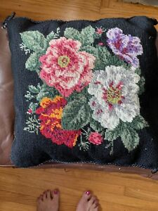 KATHA-DIDDEL-HOME-COLLECTION-WOOL-NEEDLEPOINT-PILLOW-Black-Velvet-Floral-12x12