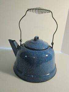 Tea-Kettle-Blue-Speckled-Graniteware-Vintage-Enamelware-Coffee-Pot-Camping