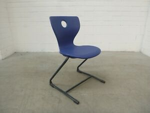 Office-Home-School-PantoSwing-LuPo-Chair-Blue-Plastic-Verner-Panton-38399