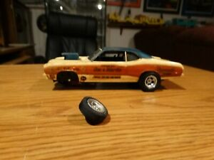MPC-SOX-AND-MARTIN-DUSTER-1-25-scale-built-HEMI-PRO-Stock