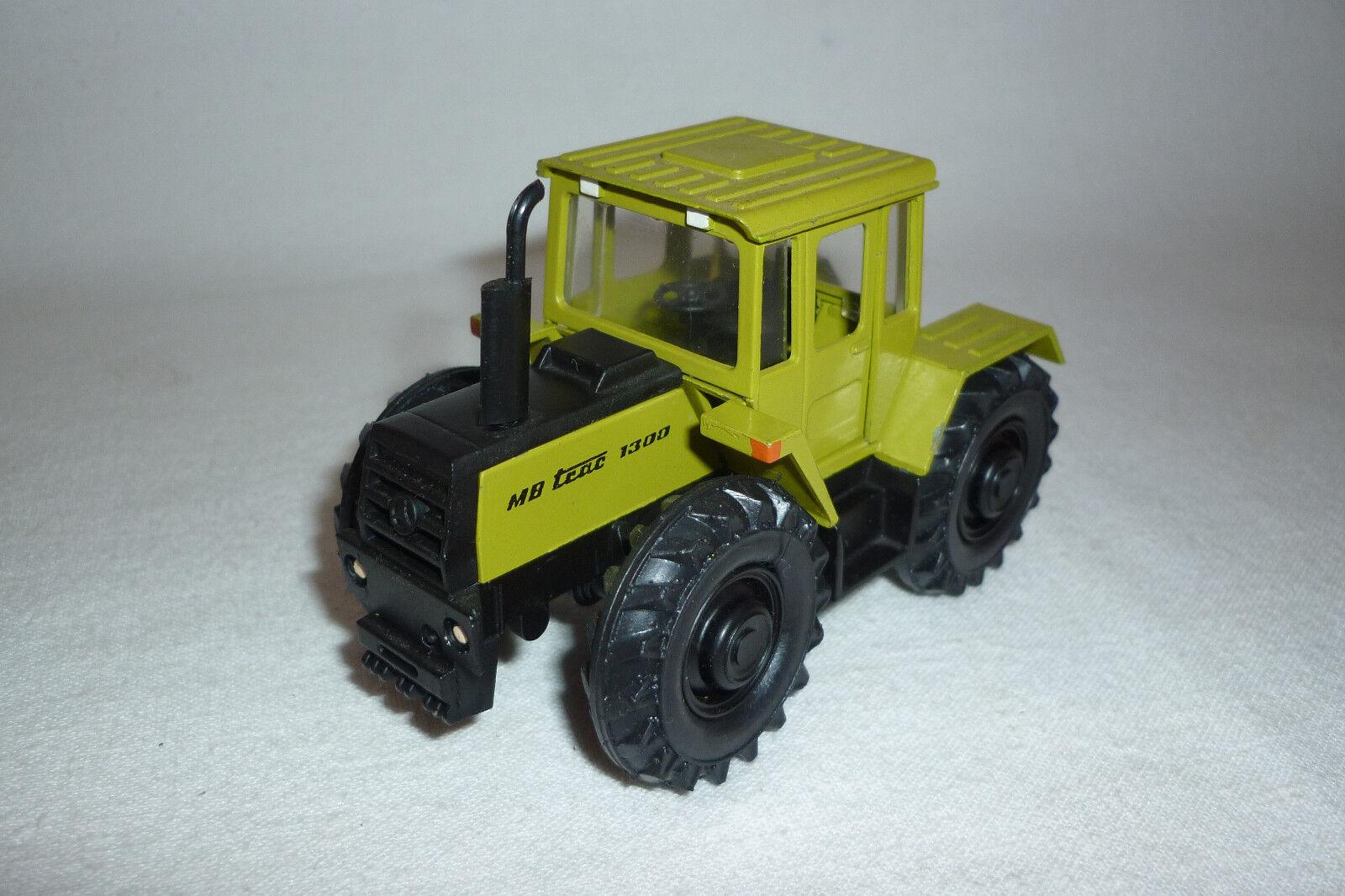 D' - Métal modèle-MERCEDES BENZ 1300-tracteur - (3.bm-25)