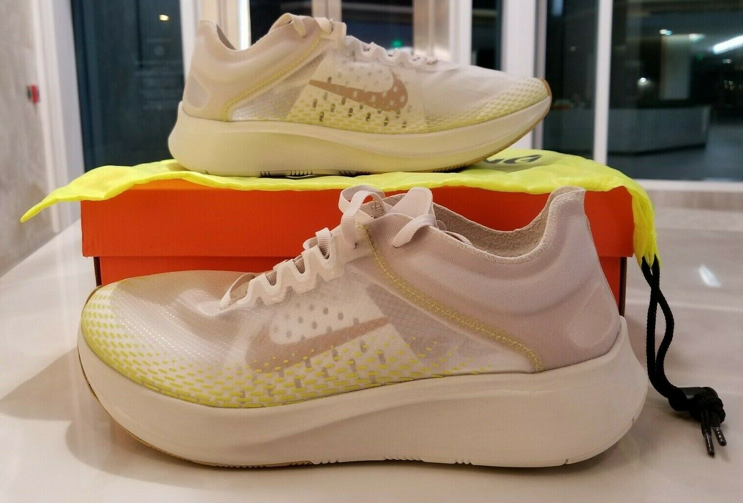 Nike Zoom Fly SP Fast Running shoes Light Orewood Elemental gold SZ (AT5242-174)