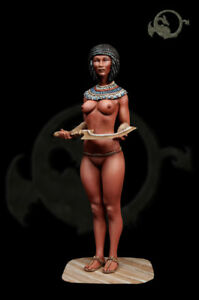 II-Lady-of-the-XVIII-Dynasty-pharaoh-s-court-El-Viejo-Dragon-Miniaturas-AS75-08