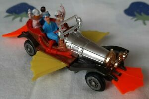 Husky Models Chitty Chitty Bang Bang 1968 Flying Car Yellow Wings Red Bumpers
