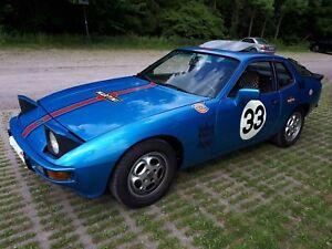 Porsche-924-Oldtimer-H-Kennzeichen-Innenausstattung-Pascha-Bj-4-1979