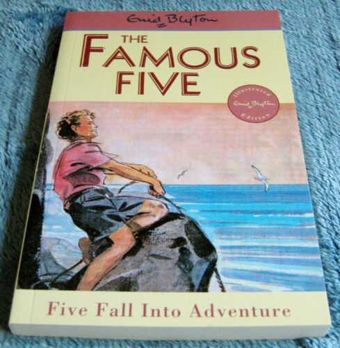 1 of 1 - Enid Blyton - THE FAMOUS FIVE - No 9 - FIVE FALL INTO ADVENTURE - Illustrated