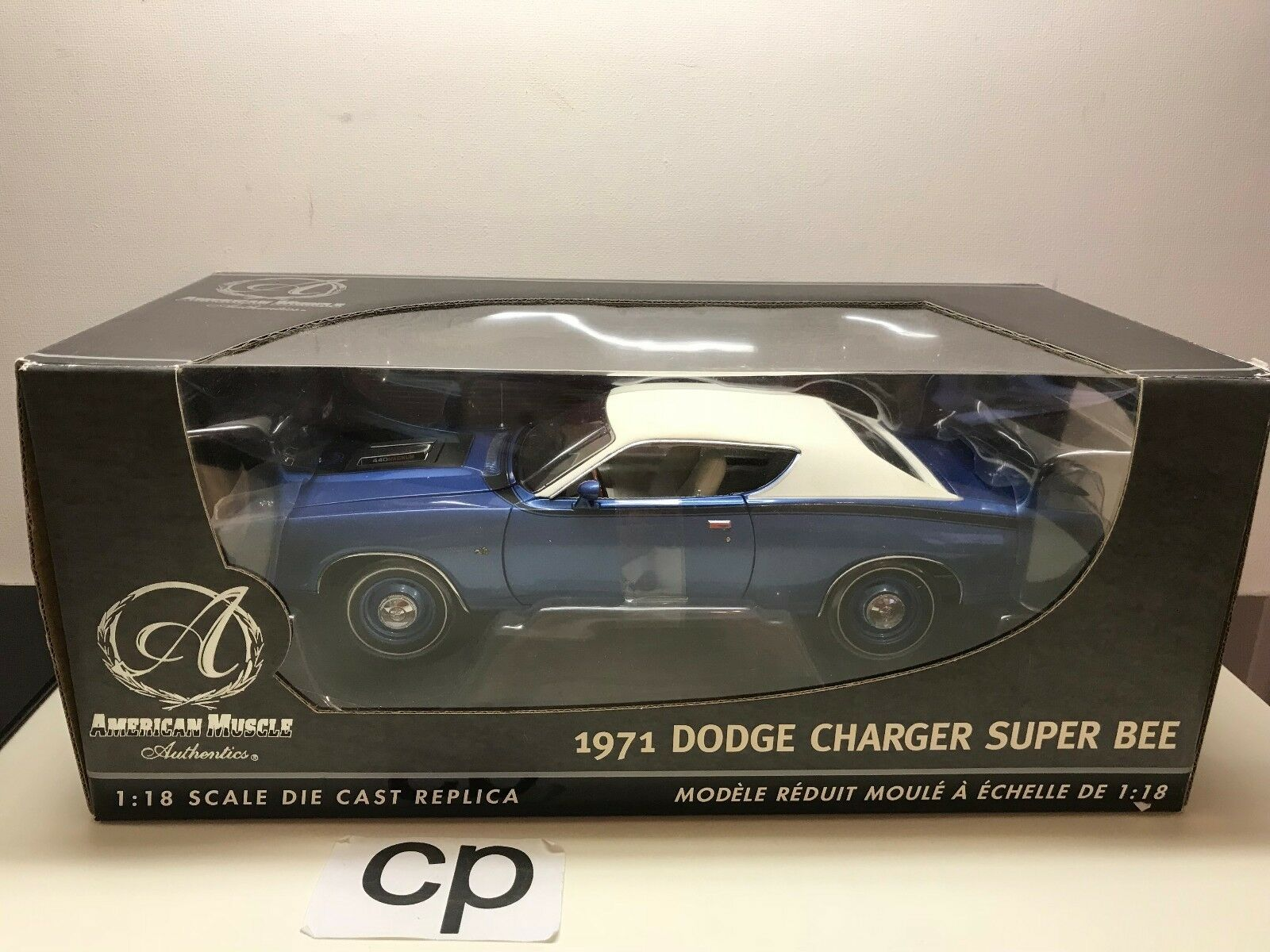 ERTL AMERICAN MUSCLE AUTHENTICS 1971 DODGE CHARGER SUPER BEE 1 18 blueE WHITE TOP