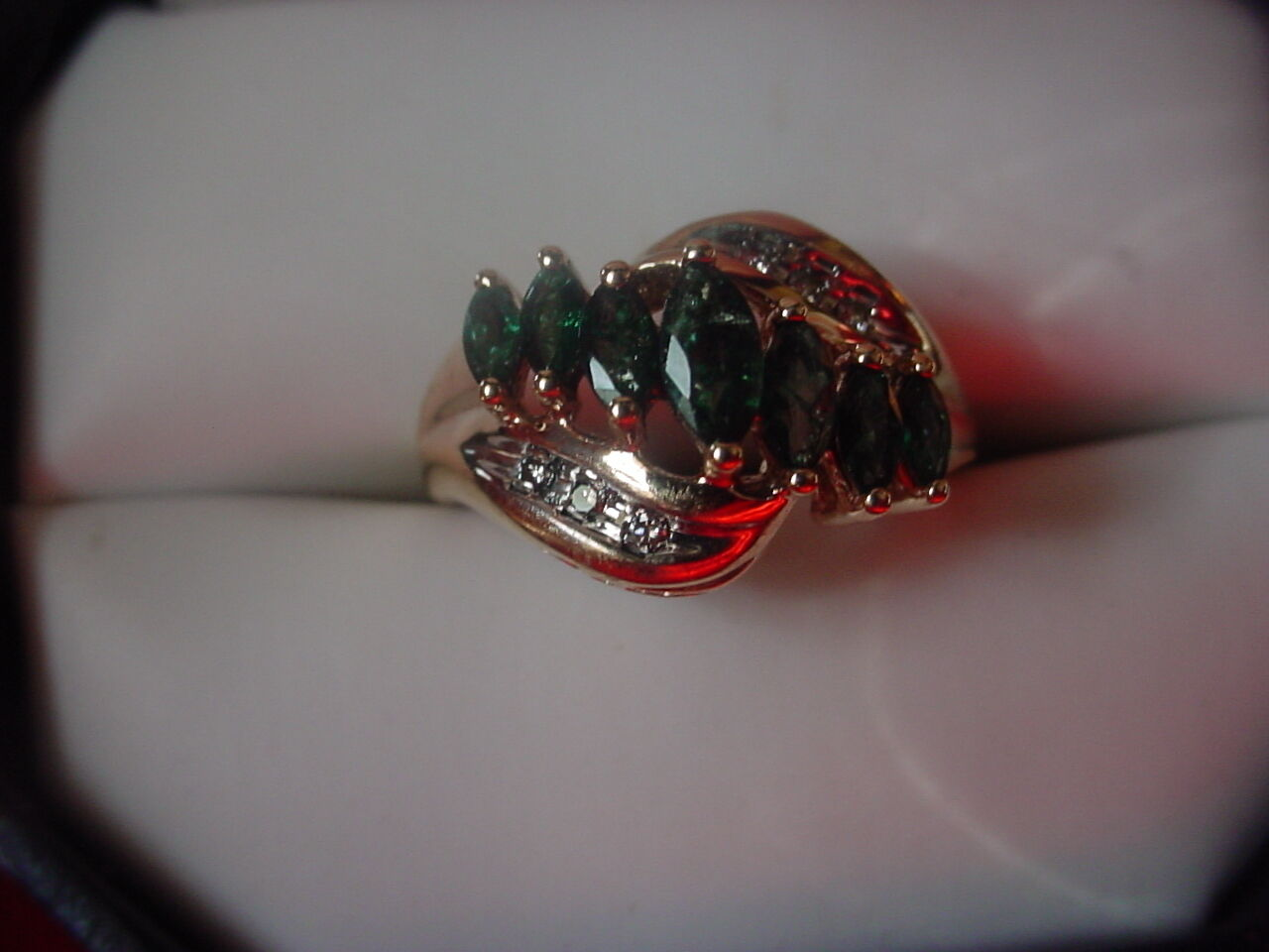 14k Yellow gold Genuine Marquise Shaped Emeralds w Diamond Accents Ring Size 7