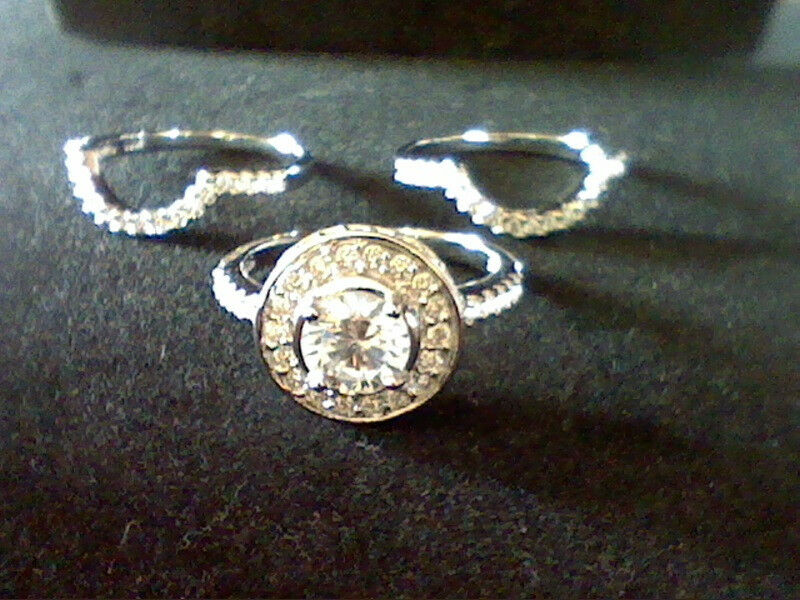 4.00 CTW LCS DIAMOND HALO WEDDING ENGAGEMENT 3 PC RING SET WITH GUARDS SZ 6