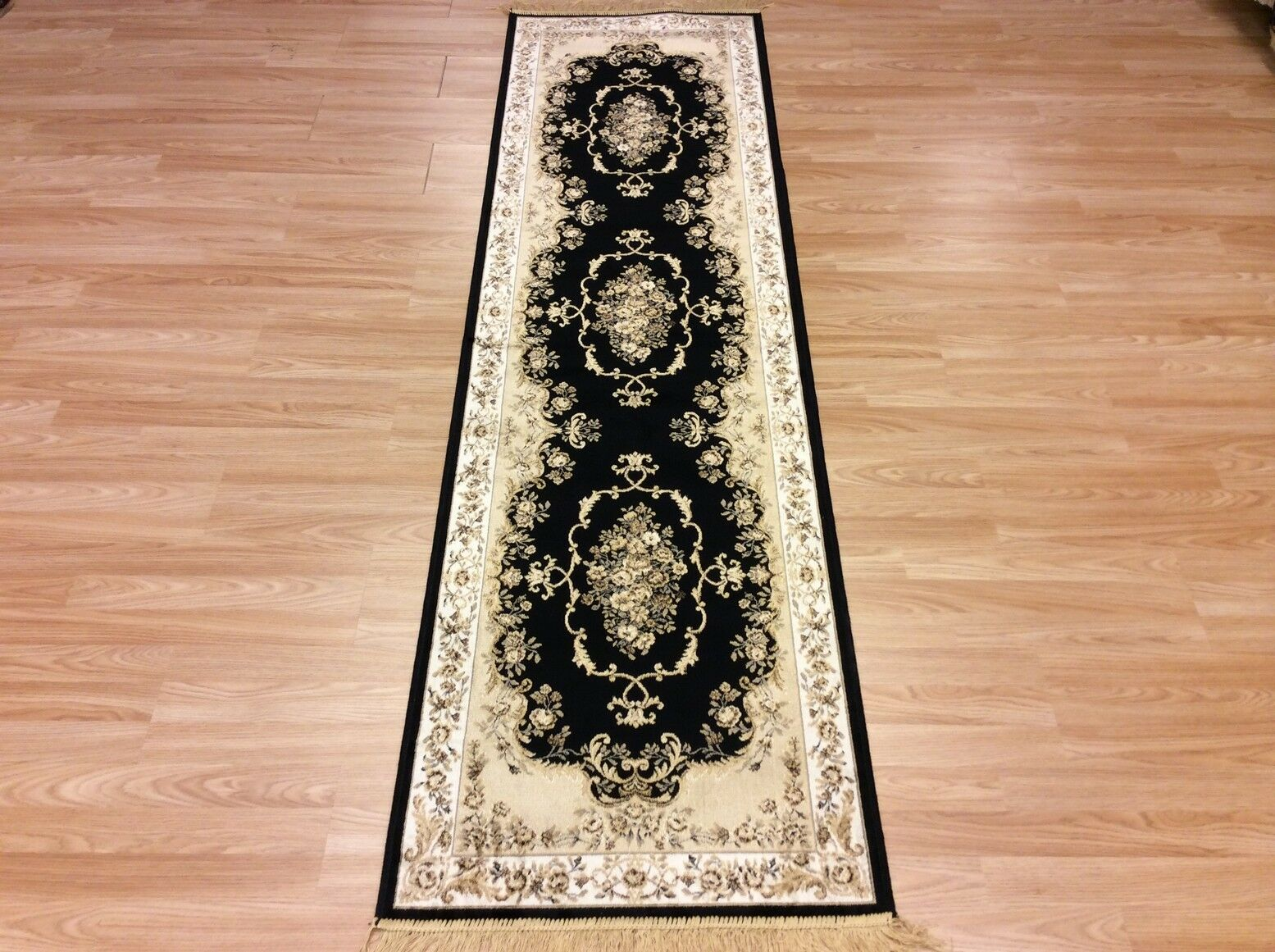 Seda Negra como el diseño tradicional persa Alfombra de de Alfombra cor rojo or Lavable 67x240cm -50% De Descuento aaf05b