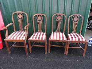 Set-Of-4-Oak-Mahogany-Wooden-Arts-And-Crafts-Antique-Dining-Chairs-Carver